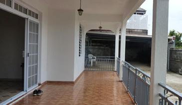 Papeete – A louer Maison équipé d'environ 140 m2
